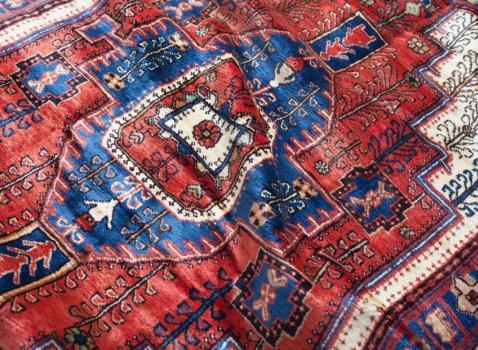 A poco a poco un filo diventa un tappeto